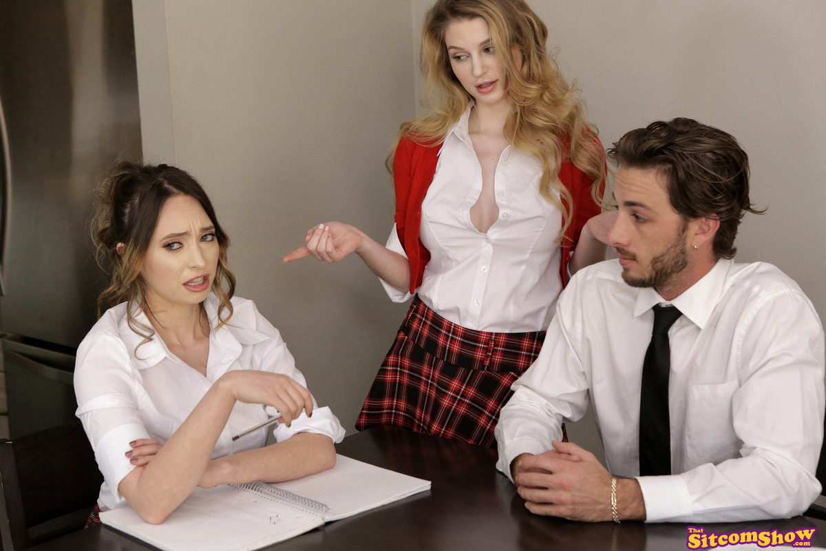 ThatSitcomShow.com - Ella Knox,Quinn Wilde: Facts Of Lust More The Merrier - S2:E9